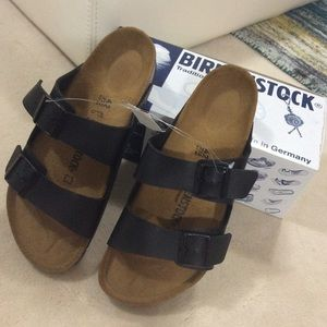 NEW Birkenstock Arizona Sandals BLACK size 42